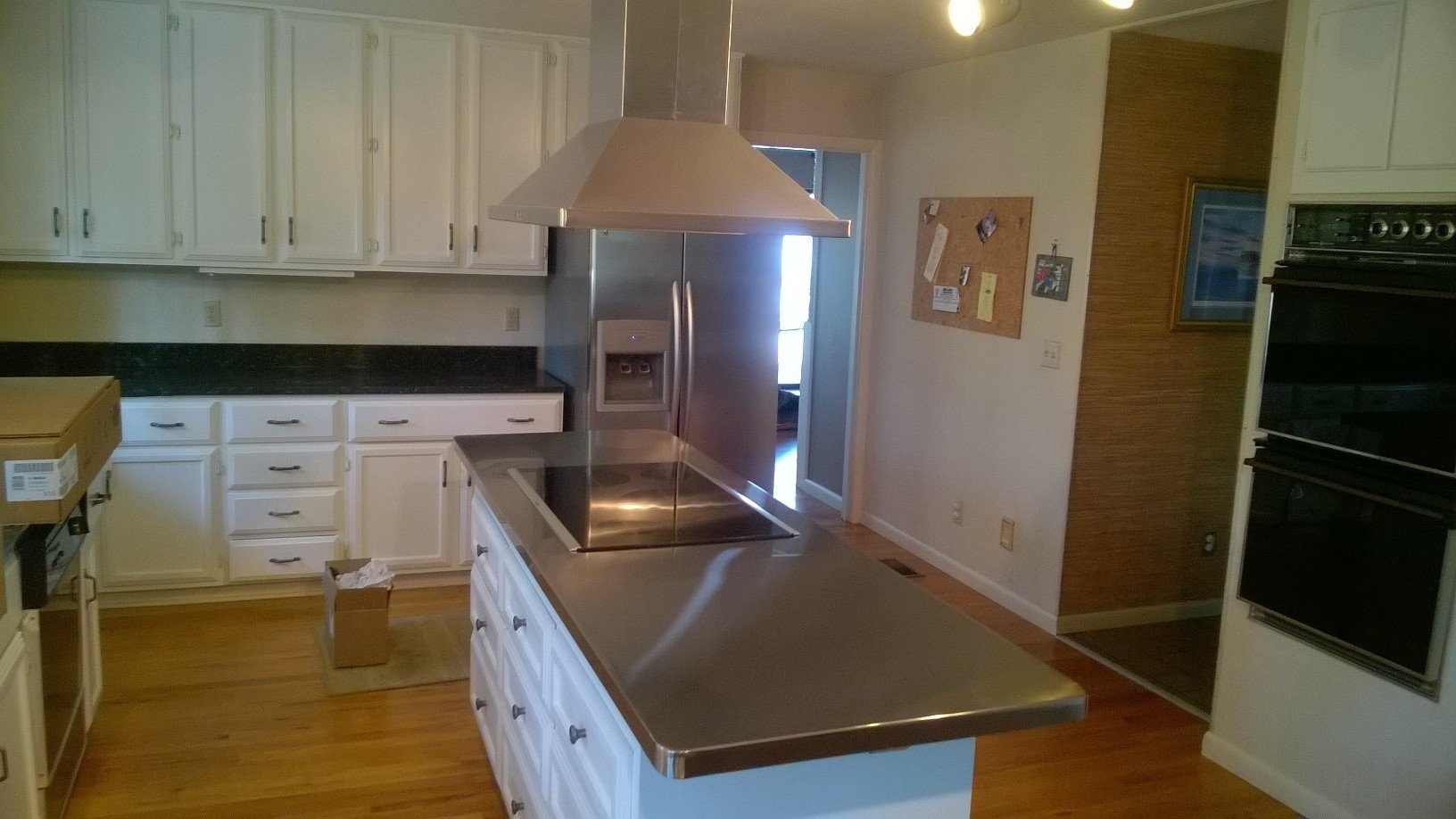 Residential Kitchen Stainless Steel Island Top with CookTop