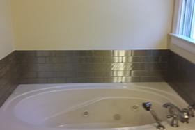 stainless steel bathtub splash
